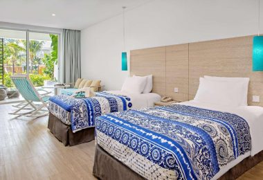 Superior Room With Pool Access
